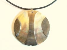 Brown mother of pearl oyster necklace